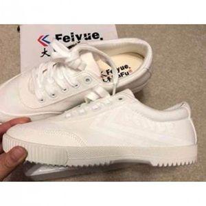 Feiyue Platform white Sneakers NIB NWT